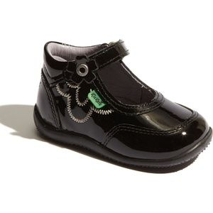 Kickers Bikissy in Black Patent leather (walker)